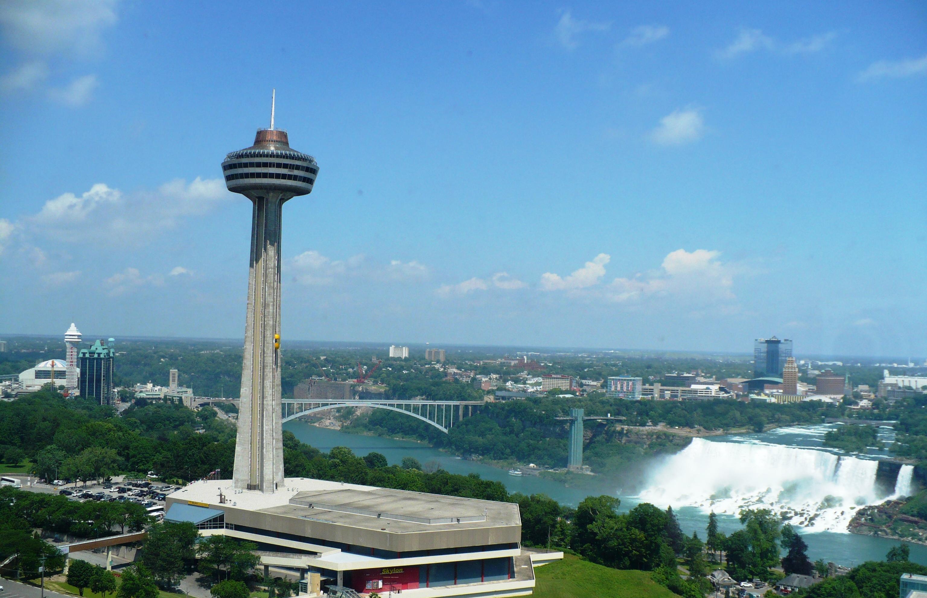 Niagara Falls Photo Gallery Skylon Tower