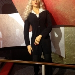 madonna-wax-figure-niagara-falls-vacation