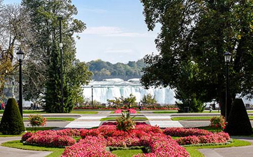 Queen Victoria Park Niagara Falls
