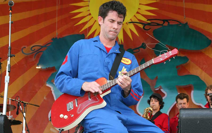 Imagination Movers Performing Live